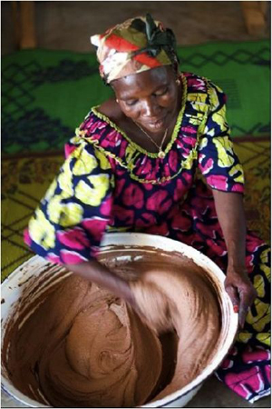 shea_butter_kneading_processing